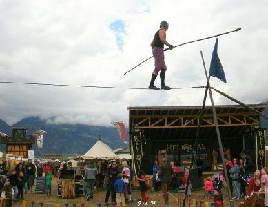 Tight-rope walker