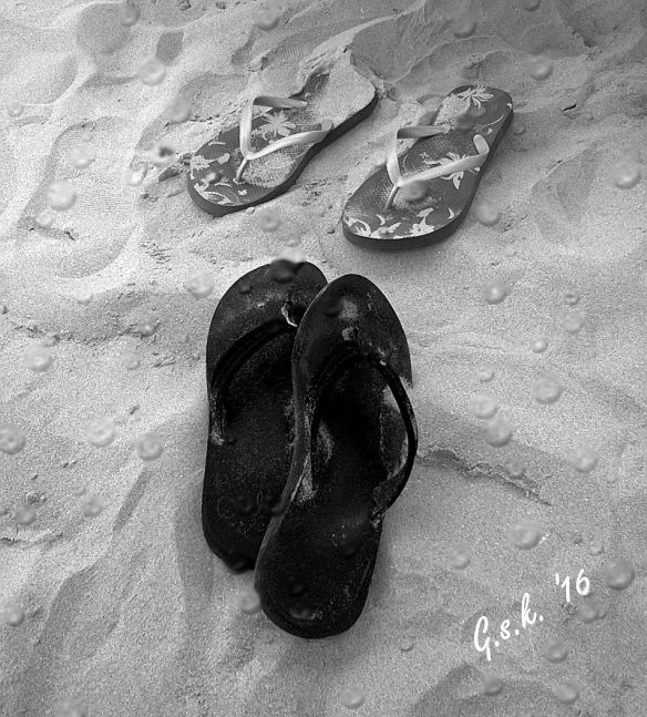 sandy slippersbw_raindrops